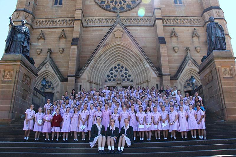 Opening-Mass